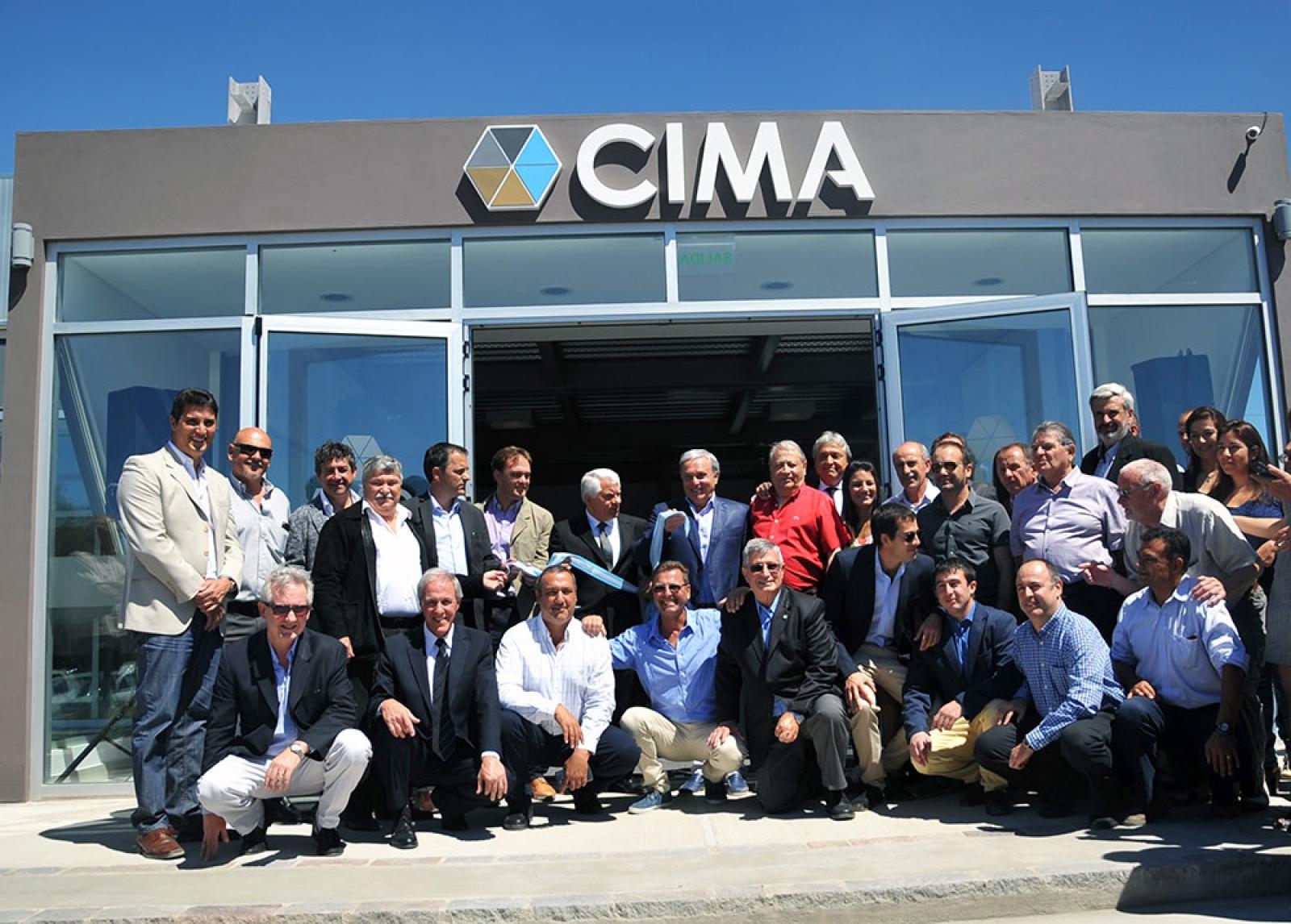 El lunes 19 de diciembre la Cámara Industrial de Puerto Madryn CIMA inauguró la primera etapa de su sede institucional ubicada en Avenida Juan XXIII norte 1970, dentro del predio asignado a lo que será el Parque Tecnológico de Puerto Madryn.