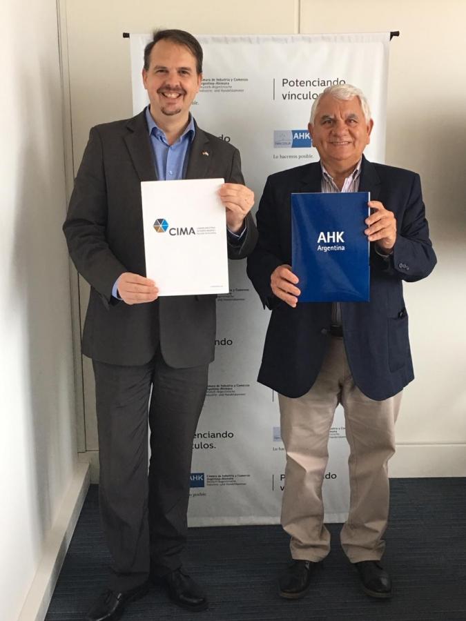 Con el objetivo de potenciar el desarrollo de la Región Patagónica a partir del intercambio bilateral,  hemos firmado un convenio de cooperación argentino-alemana junto con la Camara de Industria y Comercio Argentino Alemana (AHK)